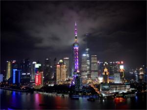 China Sehenswürdigkeiten: Shanghai bei Nacht