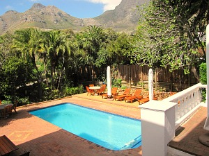 Zwembad comfort guesthouse Kaapstad