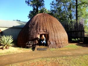 zuid-afrika-accommodatie-swaziland-bijenkorfhuisje