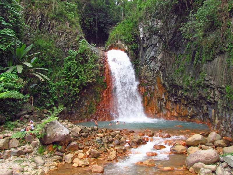 Die Pulangbato Falls nahe Dumaguete