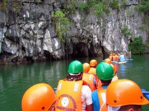 palawan-underground-river-menschen