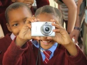 Kinder mit Fotokamera