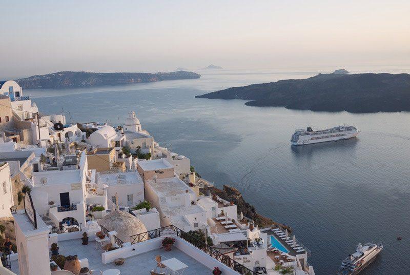 Warum nach Griechenland reisen? Kykladen Santorin Abendstimmung