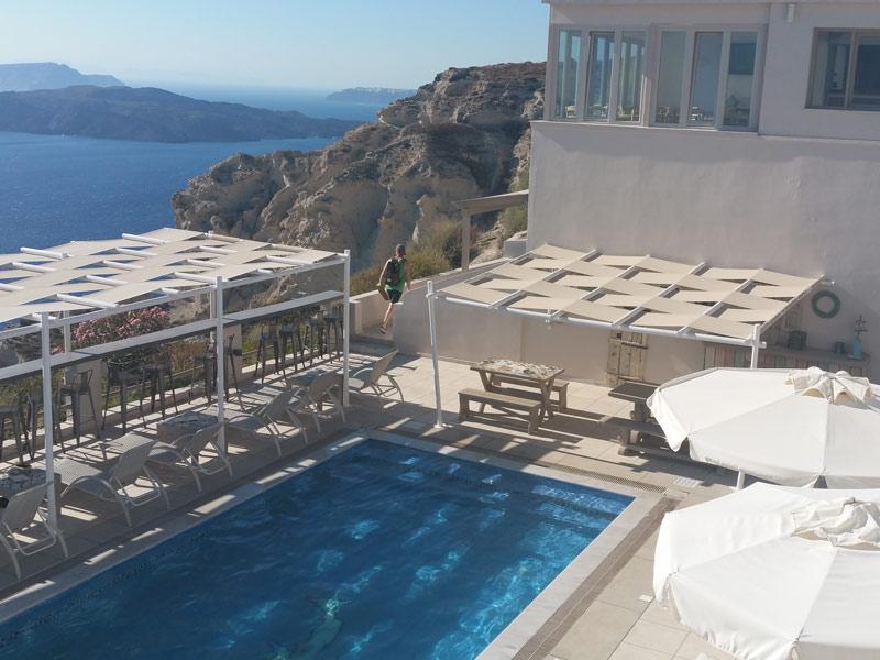 Santorini Reise Griechenland Hotel Pool