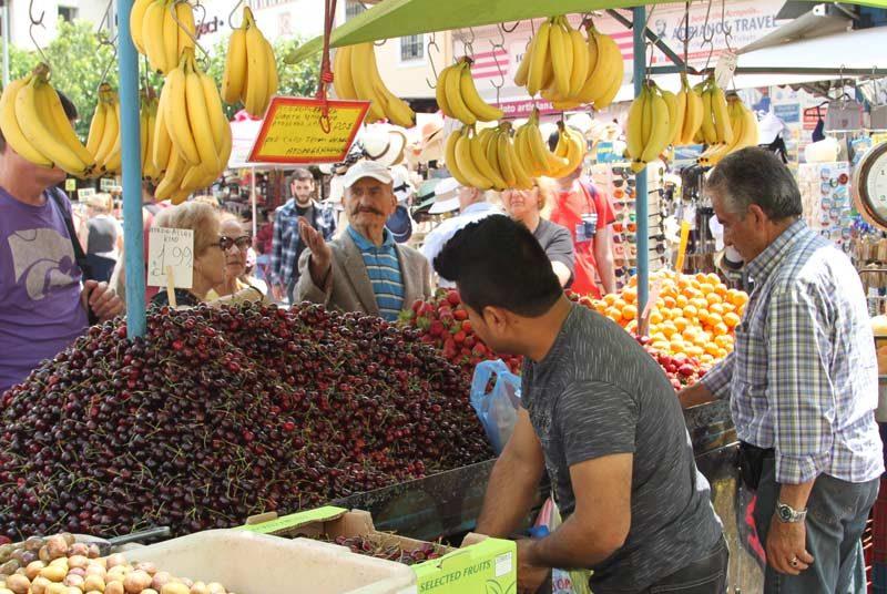 Warum nach Griechenland reisen? Markt in Griechenland