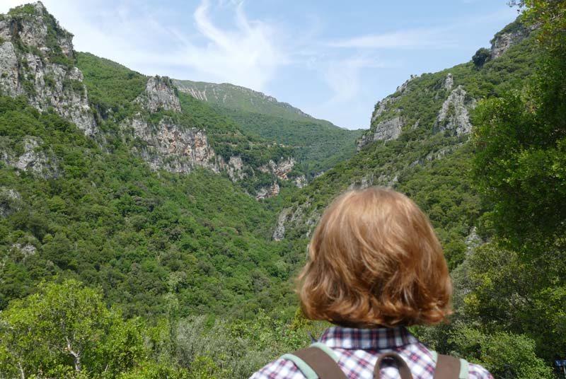 Warum nach Griechenland reisen? Peloponnes Dimitsana Wanderung