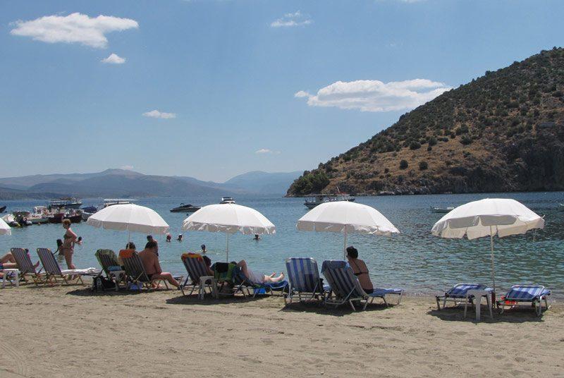 Warum nach Griechenland reisen? Der Strand von Tolo