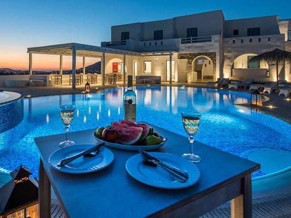 Griechenland Kykladen Naxos Unterkunft mit Pool