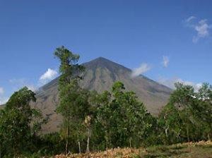 Inerie Vulkan auf Flores