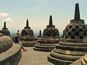 Stupa am Weltkulturerbe Borobudur Tempel - Highlights von Java und Bali