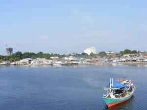 Der Hafen von Makassar auf Sulawesi.