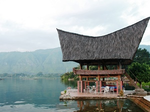 Batak Haus am Tobasee auf Samosir