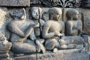 Orang Utans, Fahrradtaxen und Tempelwächter