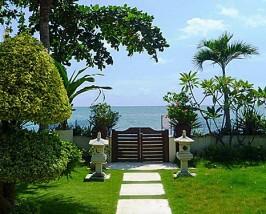 Garten des Hotels in Lovina
