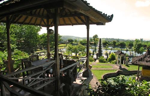 Aussicht über das Wasserpalastgelände in Tirtagangga