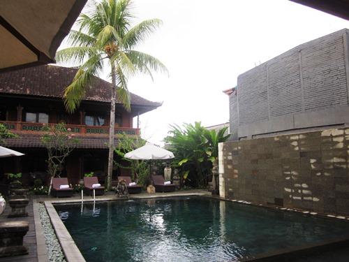 Swimmingpool im Hotel im Zentrum Ubuds