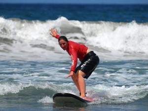 Bali aktiv - Beim Surfkurs die Wellen bändigen