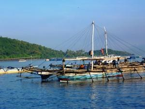 Boot vor dem Bali Barat Nationalpark