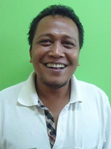 Ein Fahrer in Indonesien