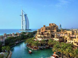 Eines der Wahrzeichen Dubais ist immer noch das Burj al Arab