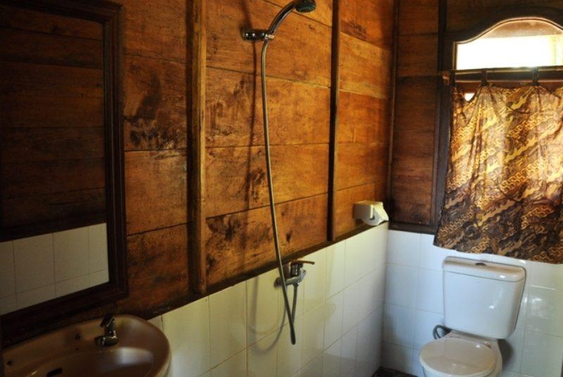 Badezimmer in der Berghütte in Munduk