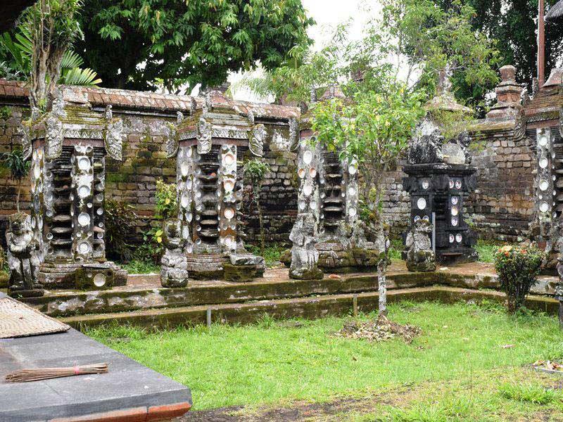 Haustempel des ehemaligen Königspalasts bei Tabanan