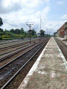 Eine Bahnstrecke auf Java.
