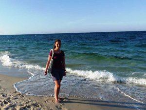 Erholen Sie sich beim Strandspaziergang