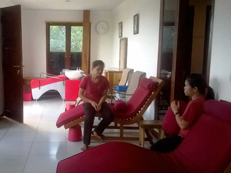 Der Massagesalon in Labuhan Bajo