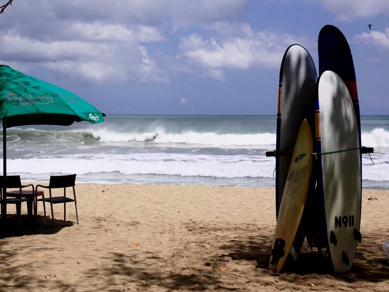 Surfen-Strand-Kuta-Lombok