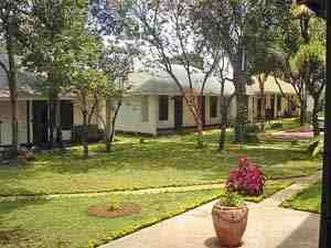 Tansania - Moshi - Grüner Garten der Unterkunft in Moshi - Tansania Highlights
