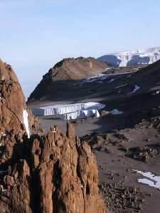 Berge mit vereinzeltem Eis