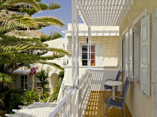 Santorini kamari balkon