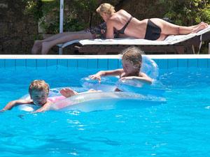 agistri griekenland kids zwembad