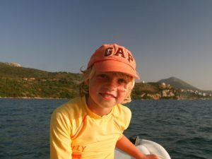 Gezinsreis Griekenland - bootje huren Gialova