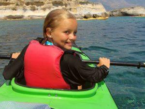Kindvriendelijke vakantie Griekenland - kajakken op Agistri