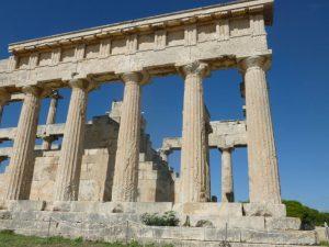 Aegina Griekenland met kinderen - tempel