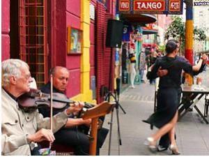Tango Tänzer auf der Straße