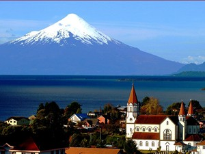 Puerto Varas vor Vulkan Osorno bei Chile Trekking Reise