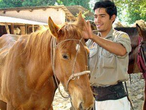 Gaucho mit Pferd auf Sayta Ranch