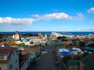 Chile - Punta Arenas - Stadtblick auf Hafen