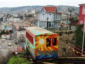 Chile Rundreise 3 Wochen - Bunte Hafenstadt Valparaíso bei Santiago de Chile