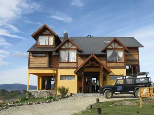 Außenansicht Komforthotel Ushuaia