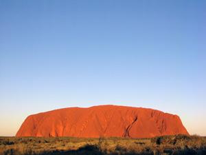 Der Uluru im Sonnenaufgang -ein Highlight Australiens