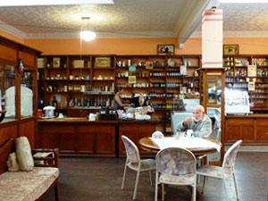 Ein charakteristisches Cafe