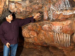 Uralte Höhlenbilder der Aboriginies