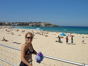 Am Strand von Bondi Beach in Sydney