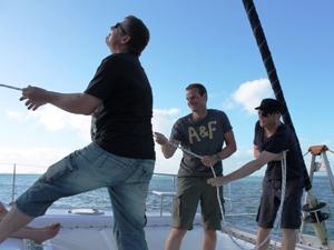 whitsundays-segeln-mithelfen