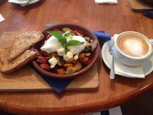 Mittagessen im Café