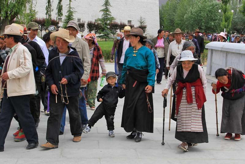 Straatbeeld vakantie Tibet